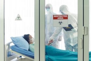 Coronavírus: Comissão incentiva e facilita tratamento transfronteiriço de doentes e destacamento de pessoal médico