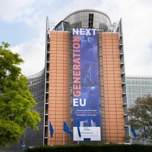 Acordo sobre pacote de 1800 mil milhões de euros para ajudar a construir uma Europa mais ecológica, mais digital e mais resiliente