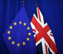 Comissão adota recomendação sobre abordagem coordenada da UE às viagens e transportes em resposta à nova variante do coronavírus no Reino Unido