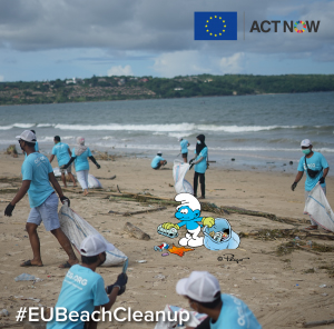 2-facebook-post-sad-smurf-picks-up-trash-on-beach_-_copy copy
